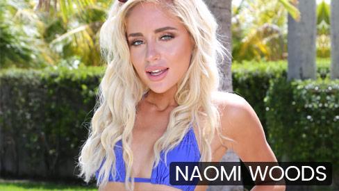 Naomi Woods - Fucking The Gardener